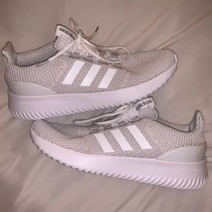 Adidas NEVER WORN cloudfoam white sneakers